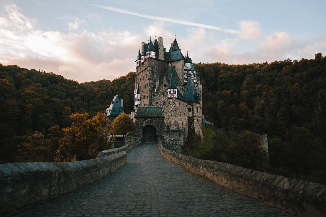 5 Global Destinations for Fall Foliage