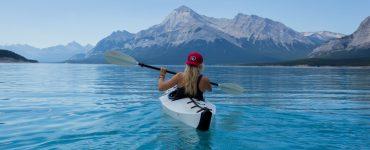find perfect travel niche
