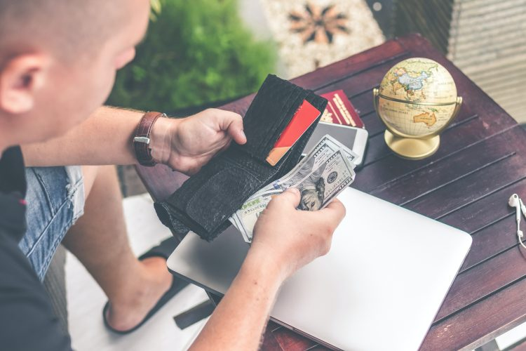 Travel Agents: How to Manage Your Cash-Flow